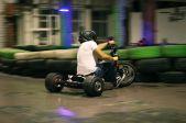 Izbrauciens ar drifta triciklu Drifta Hallē